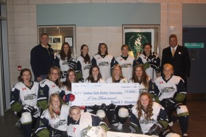 girls-hockey-Lynx
